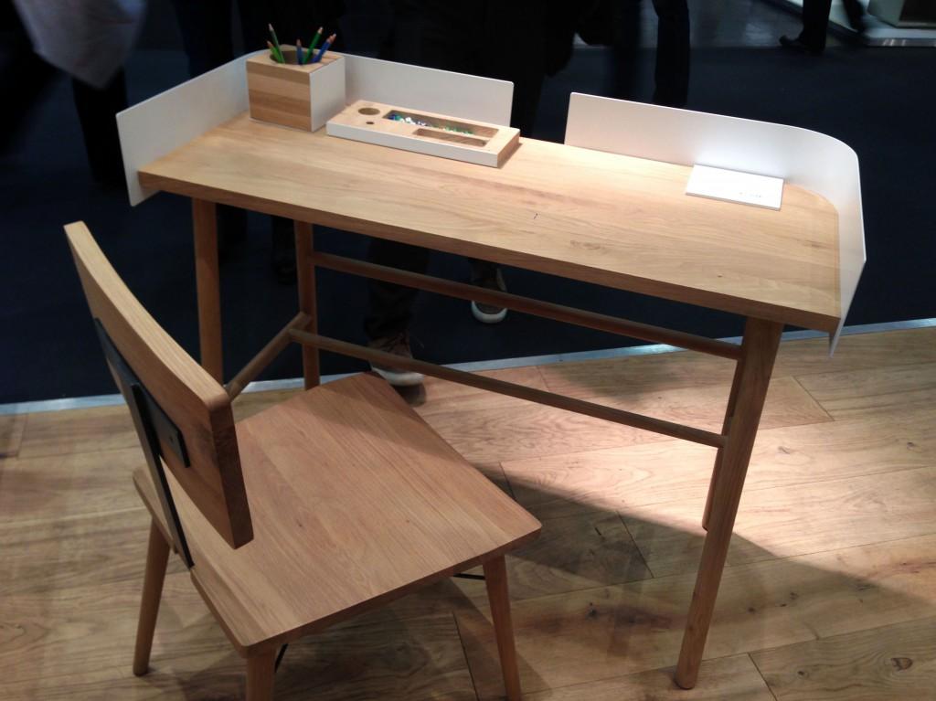 B-Desk-schrijftafel-Universo-Positivo-eigen-foto