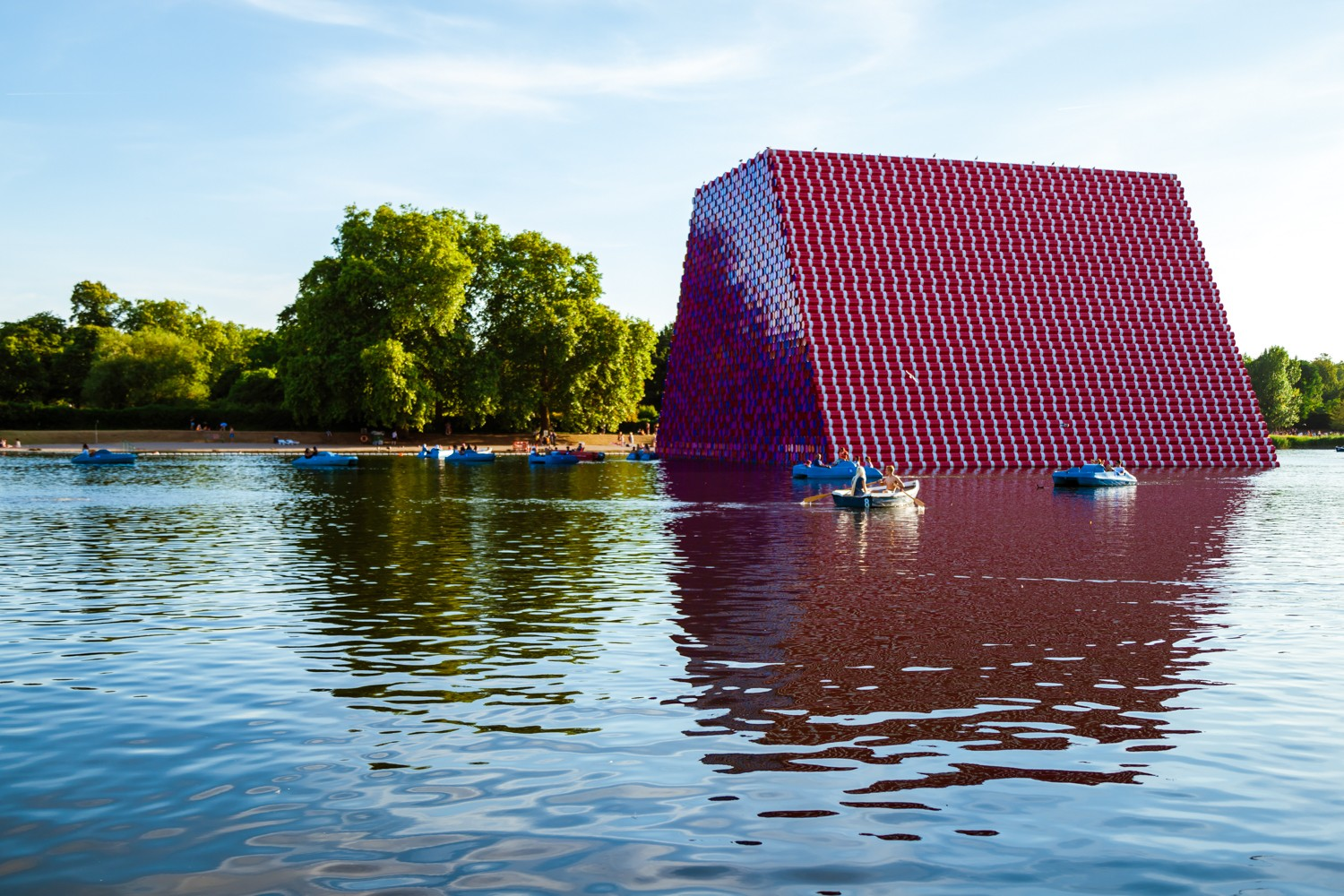 THE LONDON MASTABA by CHRISTO