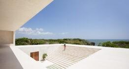 TULIA HOUSE: STAIRWAY TO HEAVEN // ALBERTO MORELL